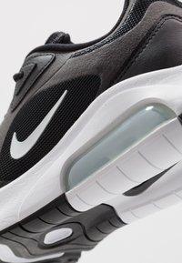 Nike Sportswear - AIR MAX 200 - Sneakers laag - black/white/off noir/metallic silver - 5