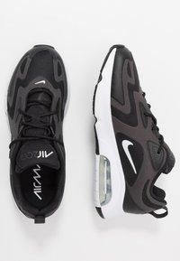 Nike Sportswear - AIR MAX 200 - Sneakers laag - black/white/off noir/metallic silver - 1