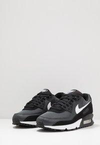 Nike Sportswear - AIR MAX 90 - Trainers - black/white/metallic silver - 2