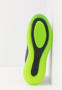 Nike Sportswear - AIR MAX 720 - Sneakersy niskie - smoke grey/electric green/anthracite - 4