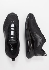 Nike Sportswear - AIR MAX 720 RVL - Baskets basses - black/white - 1