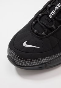 Nike Sportswear - MX-720-818 - Sneakers - black/metallic silver/anthracite - 5