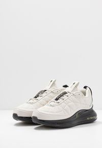 Nike Sportswear - MX-720-818 RVL - Sneakers laag - light bone/metallic gold/black/khaki - 2
