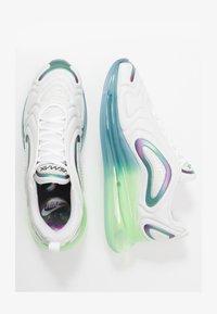 Nike Sportswear - AIR MAX 720 20 - Sneakersy niskie - summit white/black/white/metallic silver - 1