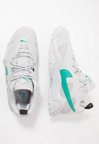 Nike Sportswear - AIR BARRAGE - Sneakersy niskie - grey fog/neptune green/vast grey/black - 1