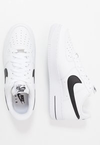 Nike Sportswear - AIR FORCE 1 '07 AN20  - Trainers - white/black - 1