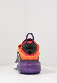 Nike Sportswear - AIR MAX 2090 - Sneakers laag - magma orange/black/eggplant/habanero red/white/red orbit - 3
