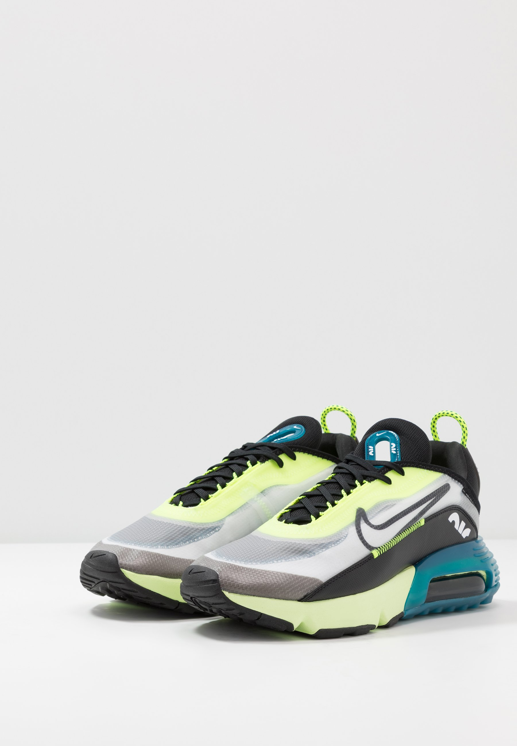 AIR MAX 2090 Sneakers laag whiteblackvoltblue forcebarely volt