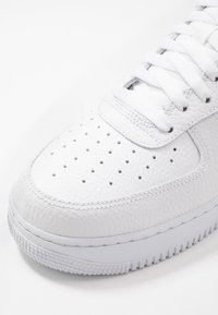 Nike Sportswear - AIR FORCE 1 - Trainers - white/black - 5