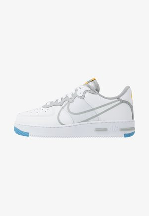 AIR FORCE 1 REACT - Trainers - white/light smoke grey/universal red/universal gold/universal blue/gym blue