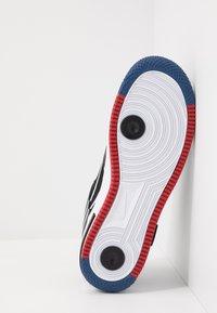 Nike Sportswear - AIR FORCE 1 REACT - Trainers - black/dark smoke grey/laser crimson/voltage purple/hyper crimson/aurora green - 4