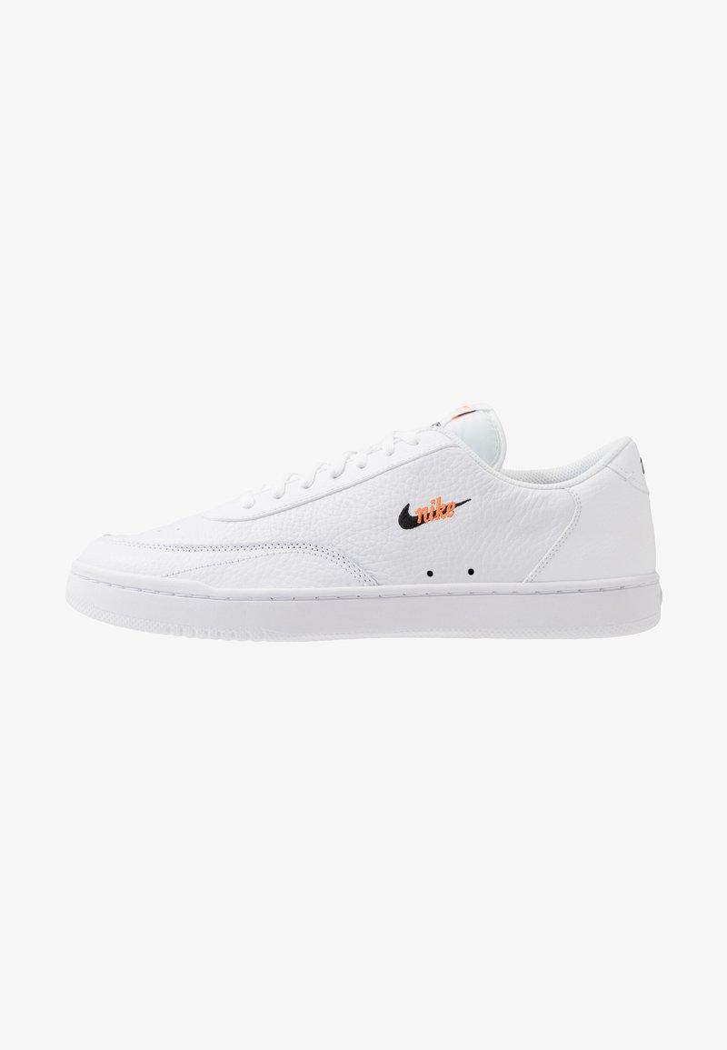 Nike Sportswear - COURT VINTAGE PREM - Matalavartiset tennarit - white/black/total orange
