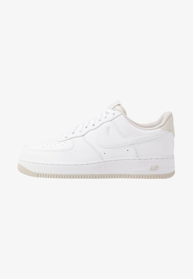 AIR FORCE 1 '07  - Matalavartiset tennarit - white/light bone