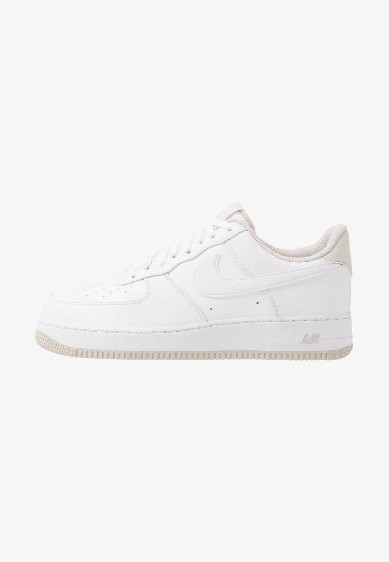 Nike Sportswear - AIR FORCE 1 '07  - Sneakers basse - white/light bone