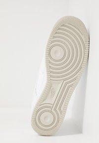 Nike Sportswear - AIR FORCE 1 '07  - Sneakers basse - white/light bone - 4