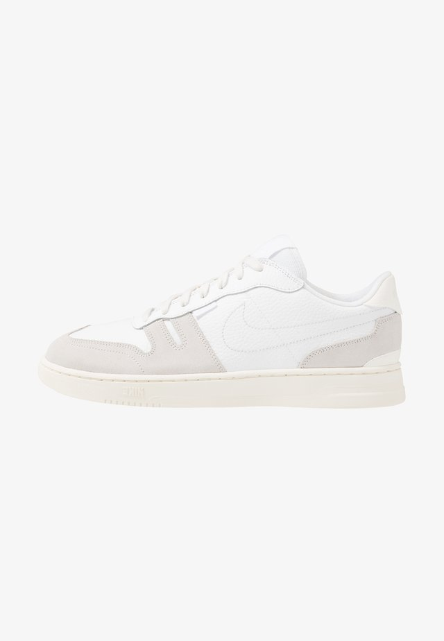 SQUASH TYPE - Sneakers - white/sail/platinum tint