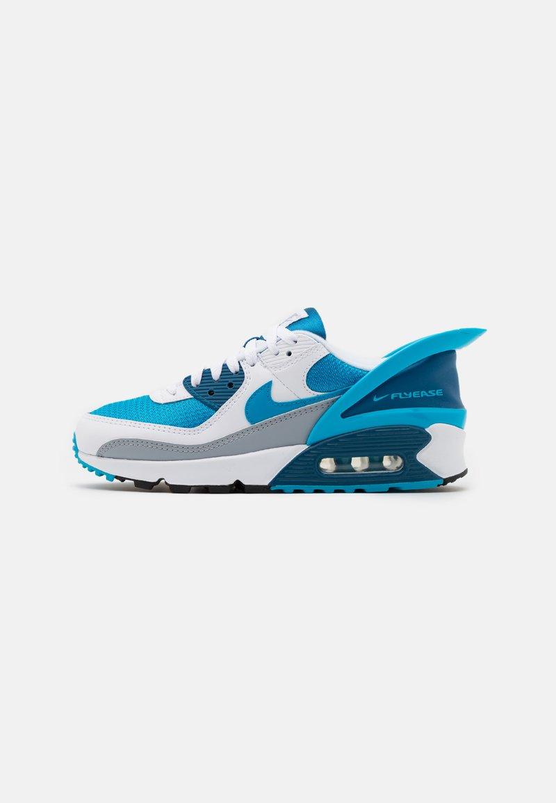 Nike Sportswear - AIR MAX 90 FLYEASE - Sneakers laag - white/laser blue/industrial blue/wolf grey