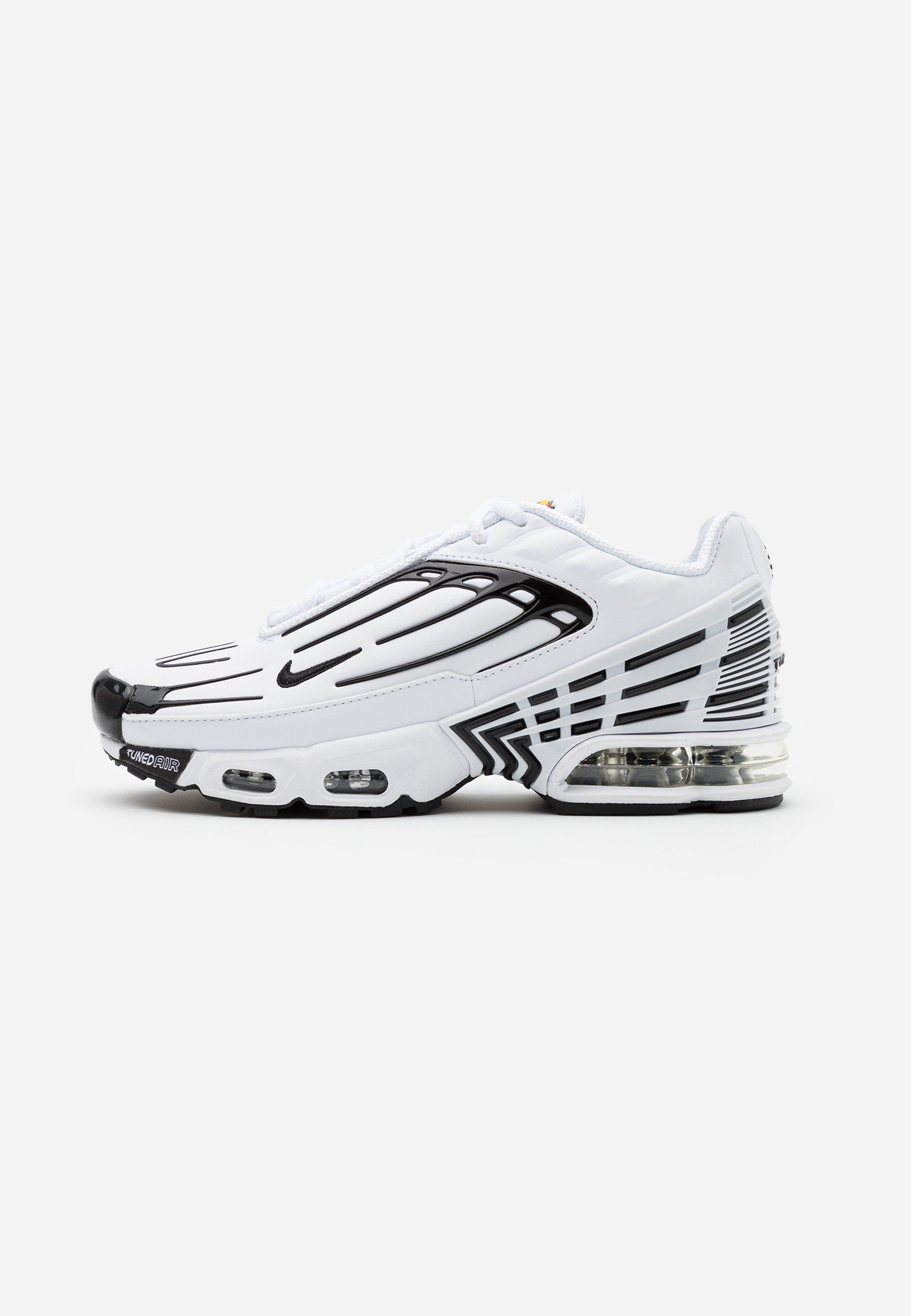 AIR MAX PLUS III Sneakers whiteblackchile red