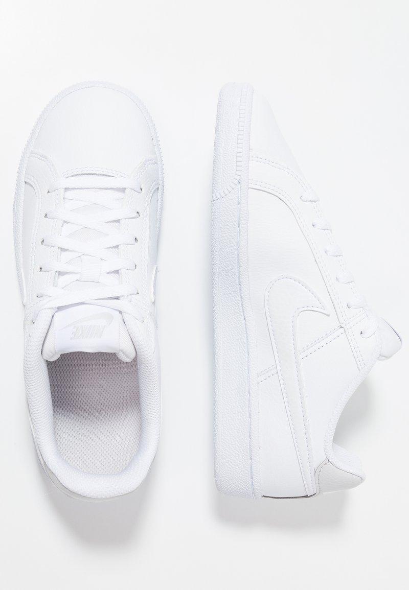 Nike Sportswear - COURT ROYALE (GS) - Sneaker low - white/vast grey