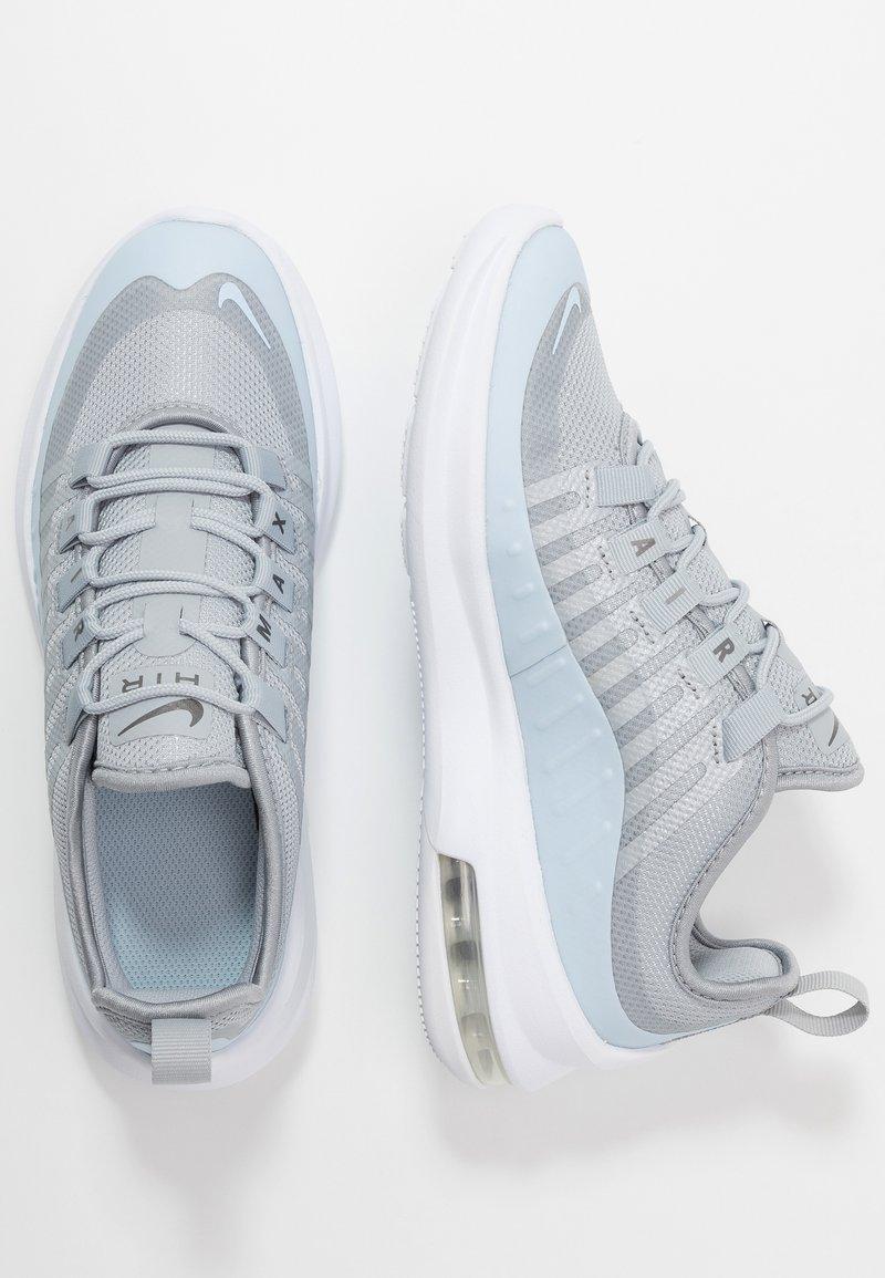 Nike Sportswear - AIR MAX AXIS - Sneaker low - wolf grey/celestine blue/metallic dark grey/white