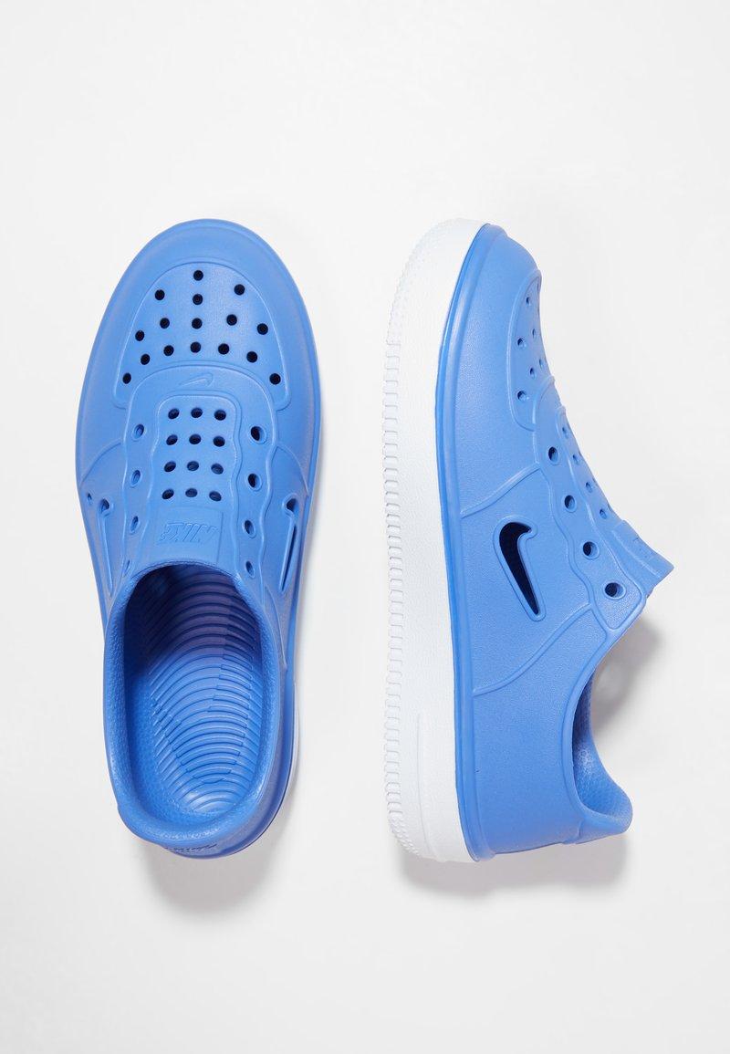 Nike Sportswear - FOAM FORCE 1 - Loaferit/pistokkaat - sapphire/white