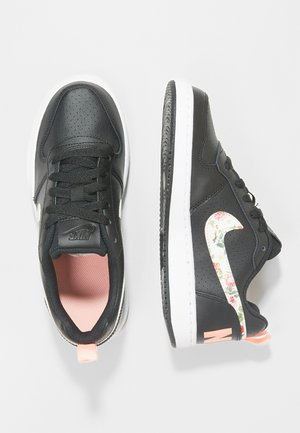 COURT BOROUGH LOW - Trainers - black/pale ivory/pink tint