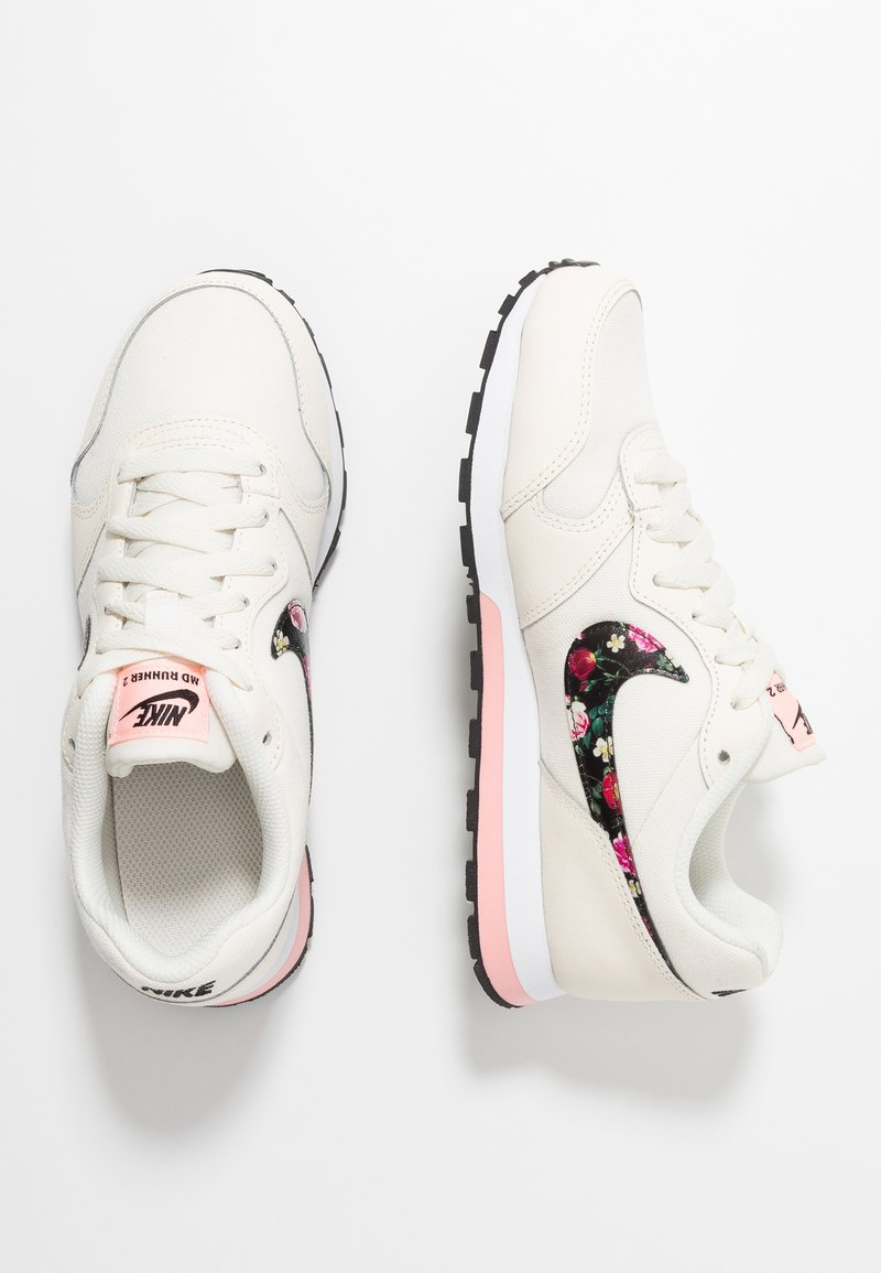 Nike Sportswear - RUNNER - Trainers - pale ivory/black/pink tint/white