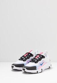 Nike Sportswear - RENEW LUCENT - Sneakers basse - white/photo blue/hyper pink/black - 3