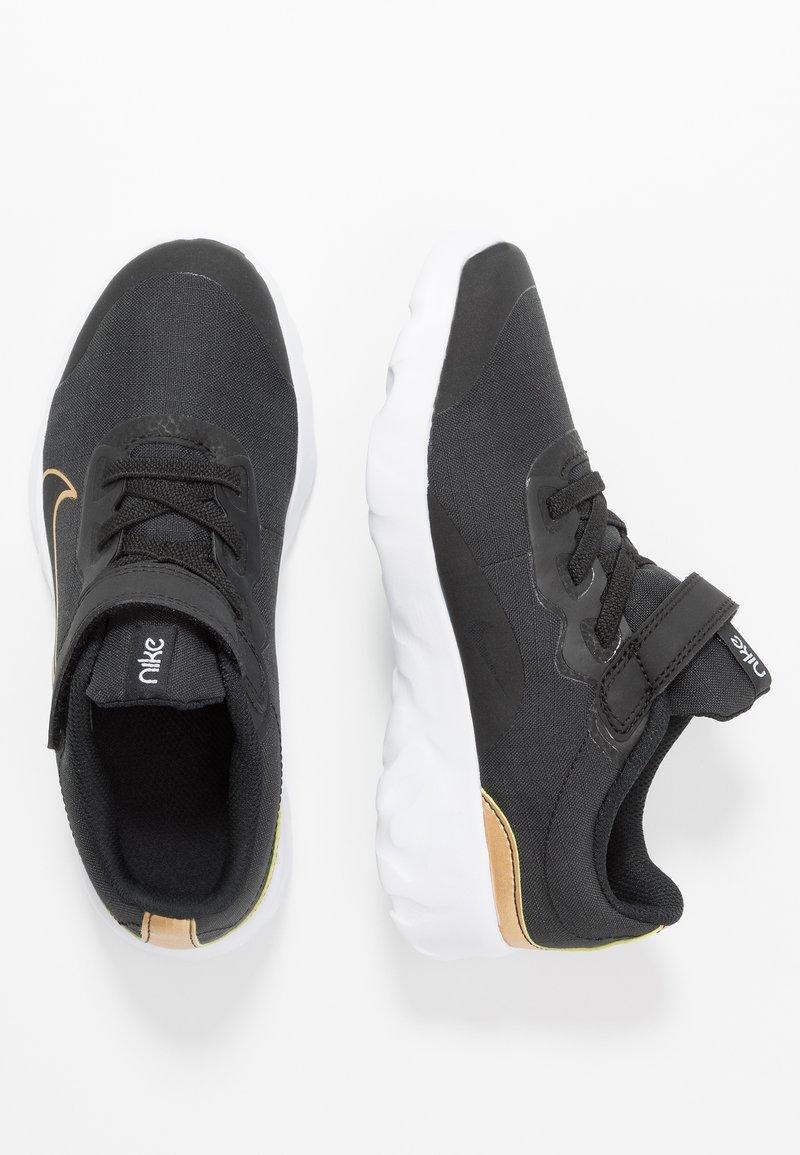 Nike Sportswear - EXPLORE STRADA - Sneakers - black/metallic gold/white