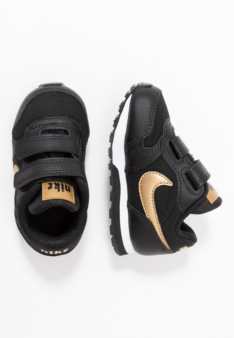 Nike Sportswear - RUNNER 2 - Sneakers - black/metallic gold/white