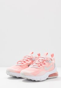 Nike Sportswear - AIR MAX 270 REACT GG GEL - Sneakersy niskie - bleached coral/white echo pink/vast grey/metallic silver - 3