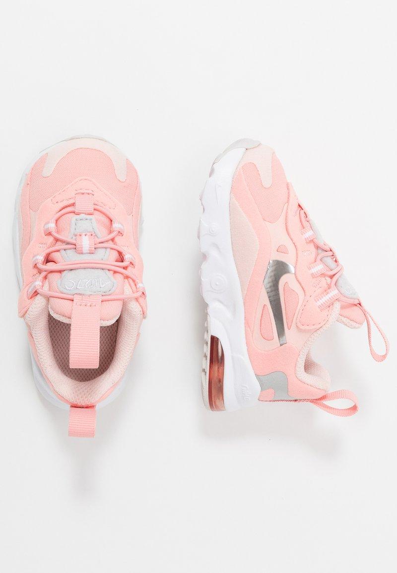 Nike Sportswear - NIKE AIR MAX 270 GEL - Zapatillas - bleached coral/metallic silver/white/echo pink/vast grey