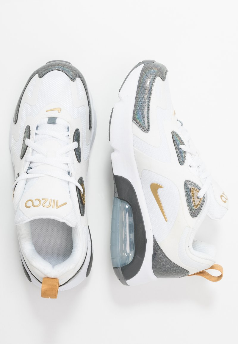 Nike Sportswear - AIR MAX 200  - Matalavartiset tennarit - white/metallic gold/cool grey/anthracite