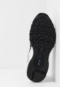 Nike Sportswear - AIR MAX 97 - Tenisky - iced lilac/black/photon dust/white - 5