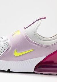 Nike Sportswear - AIR MAX 270 EXTREME - Nazouvací boty - photon dust/lemon/iced lilac/black - 2