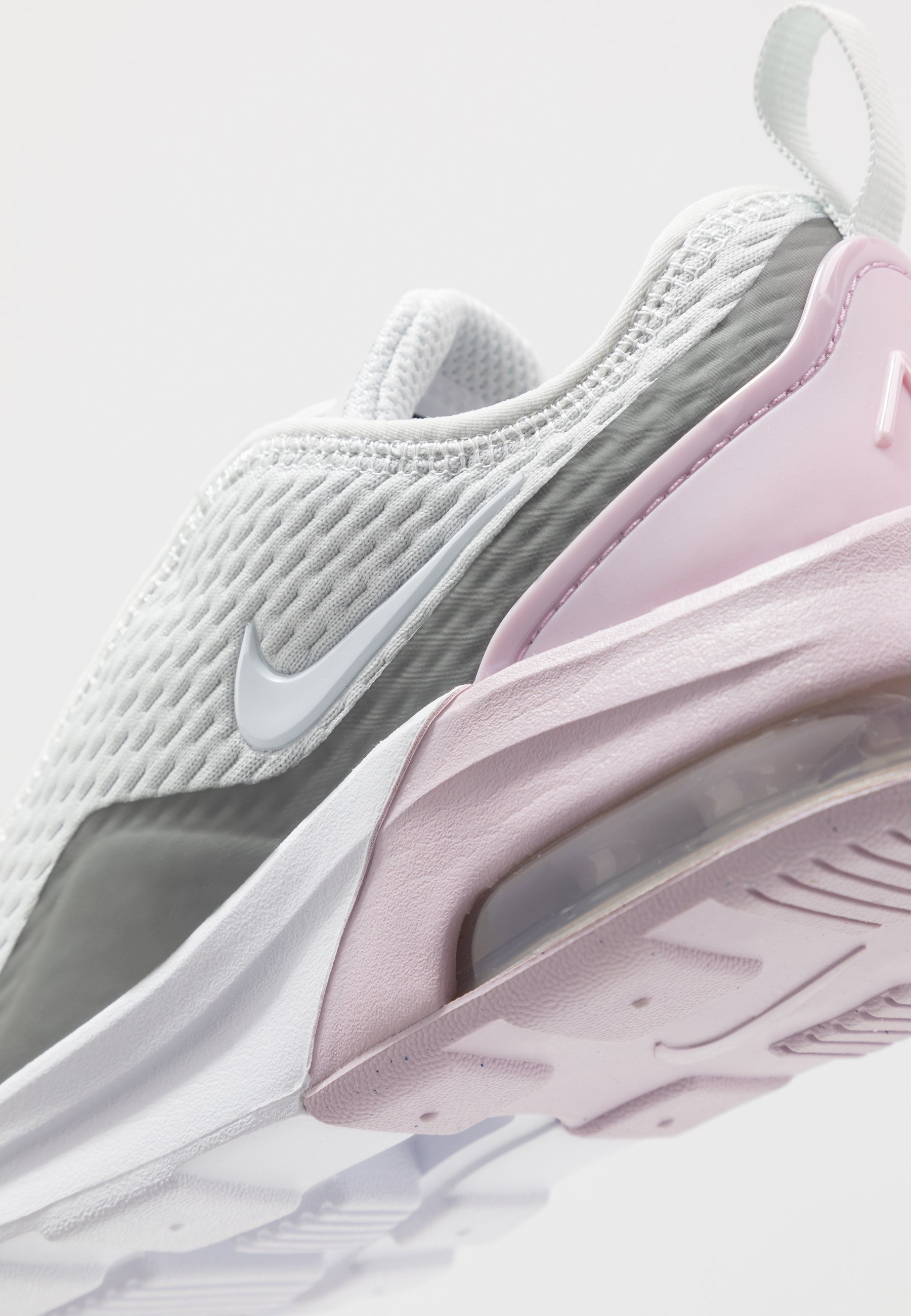 Nike Sportswear AIR MAX MOTION 2 - Loafers - photon dust/white/iced lilac/smoke