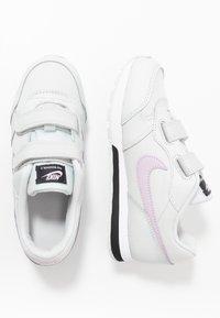 Nike Sportswear - COURT BOROUGH - Zapatillas - pure platinum/atomic pink/valerian blue/white - 0