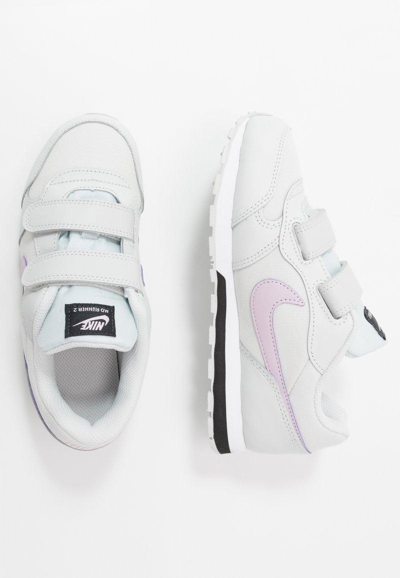 Nike Sportswear - MD RUNNER 2 - Baskets basses - photon dust/iced lilac/off noir/white