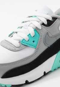 Nike Sportswear - AIR MAX 90 - Sneakers laag - white/particle grey/light smoke grey/hyper turquoise/black - 2