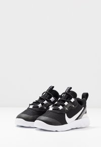 Nike Sportswear - RENEW ELEMENT 55 - Slip-ons - black/white/anthracite - 3