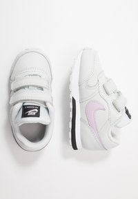 Nike Sportswear - RUNNER 2 - Baskets basses - photon dust/iced lilac/off noir/white - 0
