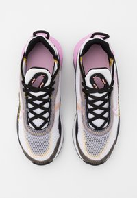 Nike Sportswear - AIR MAX 2090 - Sneakersy niskie - white/light arctic pink/black/dark sulfur - 3