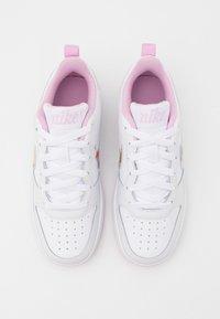 Nike Sportswear - COURT BOROUGH  - Sneakers basse - white/multicolor/light arctic pink - 3