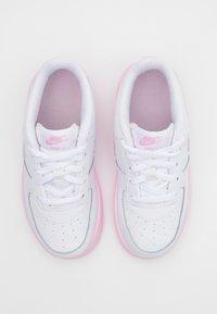 Nike Sportswear - AIR FORCE 1 BRICK - Zapatillas - white/pink - 3