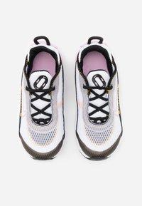 Nike Sportswear - AIR MAX 2090  - Sneakers laag - white/light arctic pink/black/dark sulfur - 3