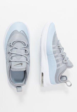 AIR MAX AXIS - Nazouvací boty - wolf grey/celestine blue/metallic dark grey/white