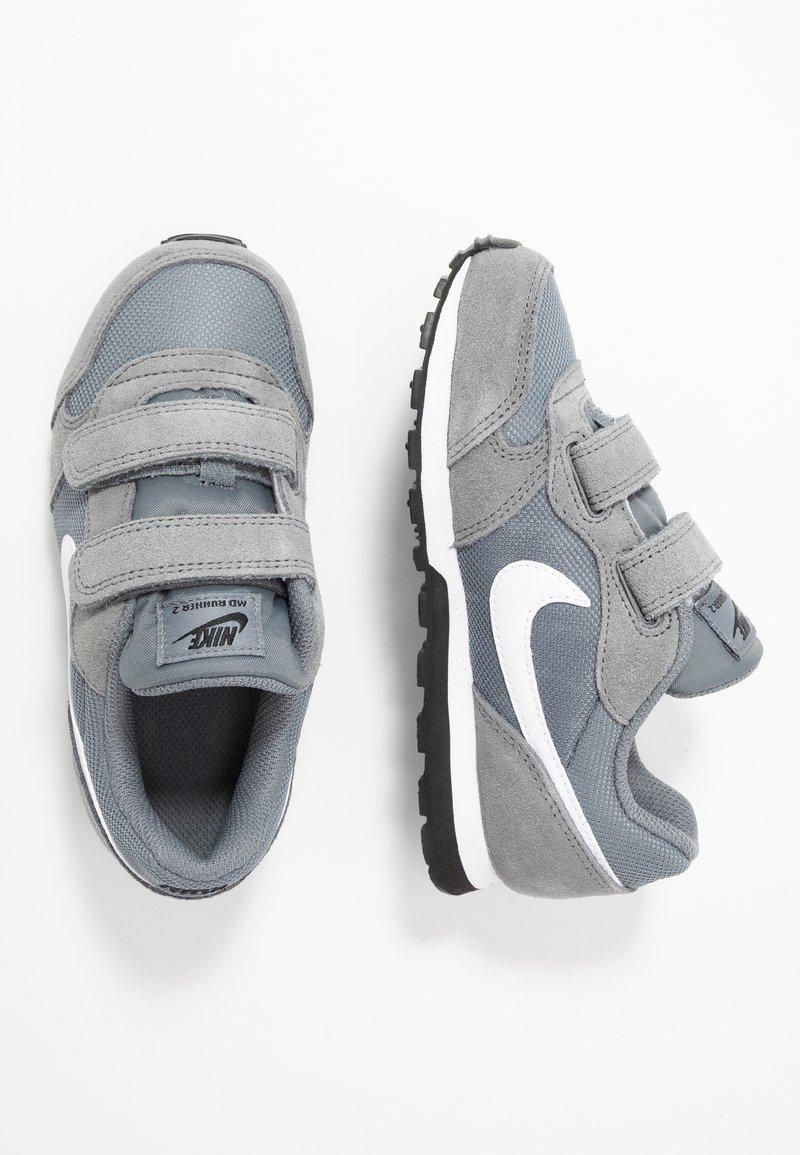 Nike Sportswear - MD RUNNER 2 - Sneakers basse - light grey