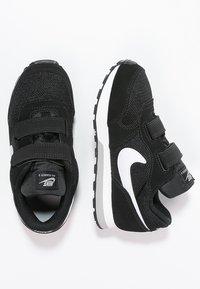 Nike Sportswear - MD RUNNER  - Trainers - black/white/wolf grey - 1