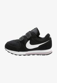 Nike Sportswear - MD RUNNER  - Trainers - black/white/wolf grey - 0