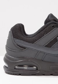 Nike Sportswear - AIR MAX COMMAND FLEX - Sneakers laag - black/anthracite/white - 5
